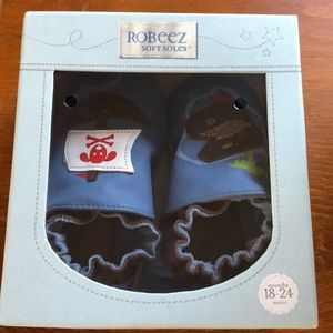 Brand new Robeez Soft Soles, Pirate, 18-24 months